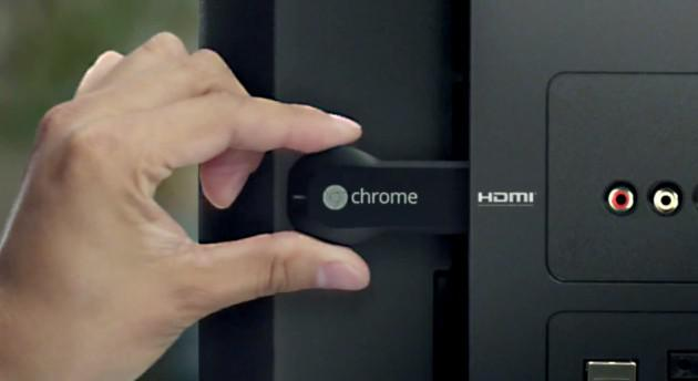 Chromecast zasunut do HDMI