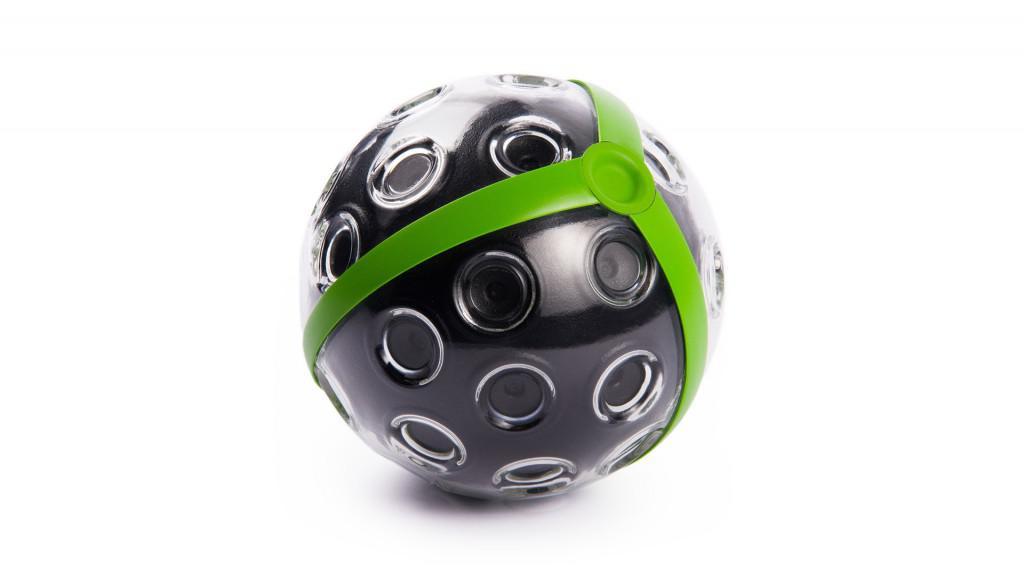 Panono je panoramatická kamera v míči
