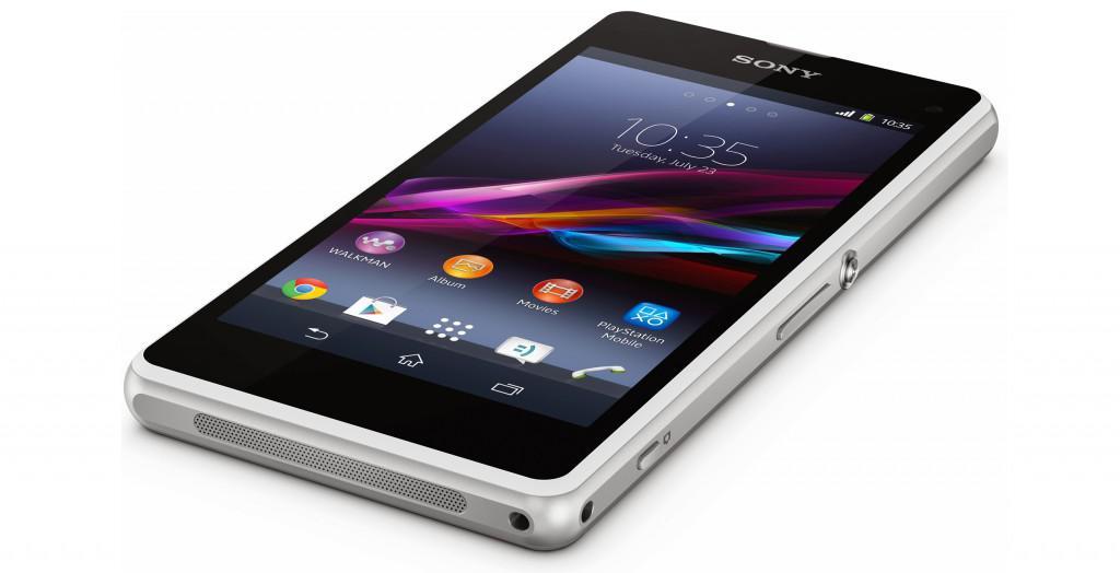 Mobilní telefon s Androidem Sony Xperia Z1 compact