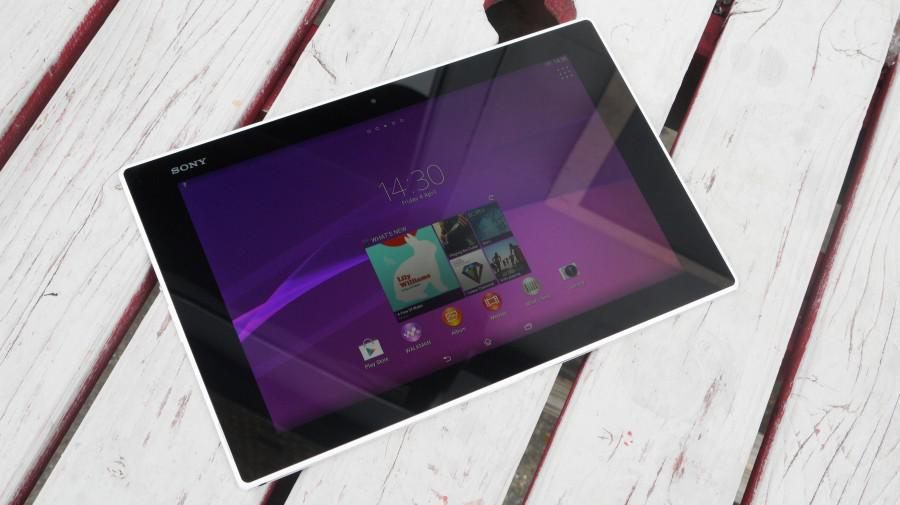 XperiaZ2Tablet-HandsOn-01-900-90