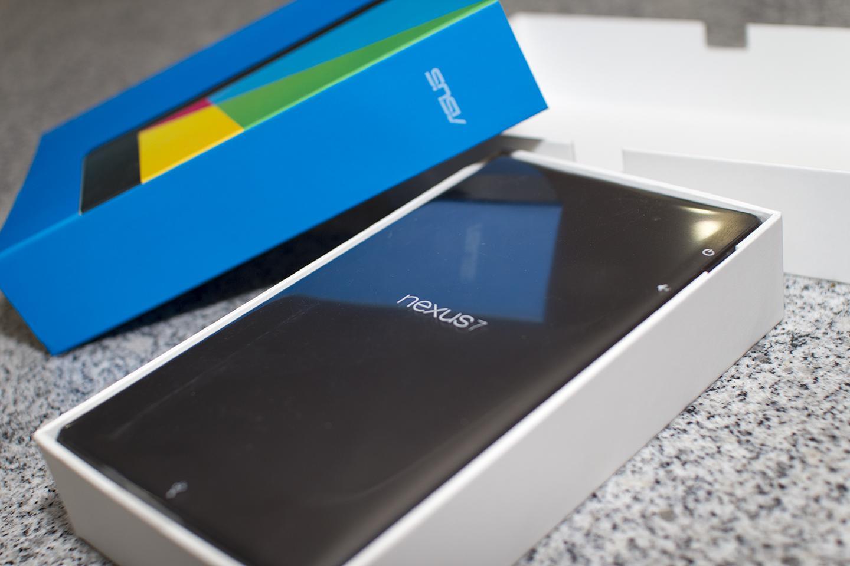 Nexus 2 balení