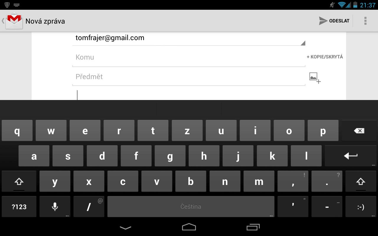 Standardní defaultní Android klávesnice na tabletu Nexus 7