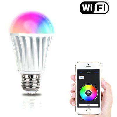 E27 7W RGBW je chatrá žárovka ovladatelná přes wifi pomocí mobilu