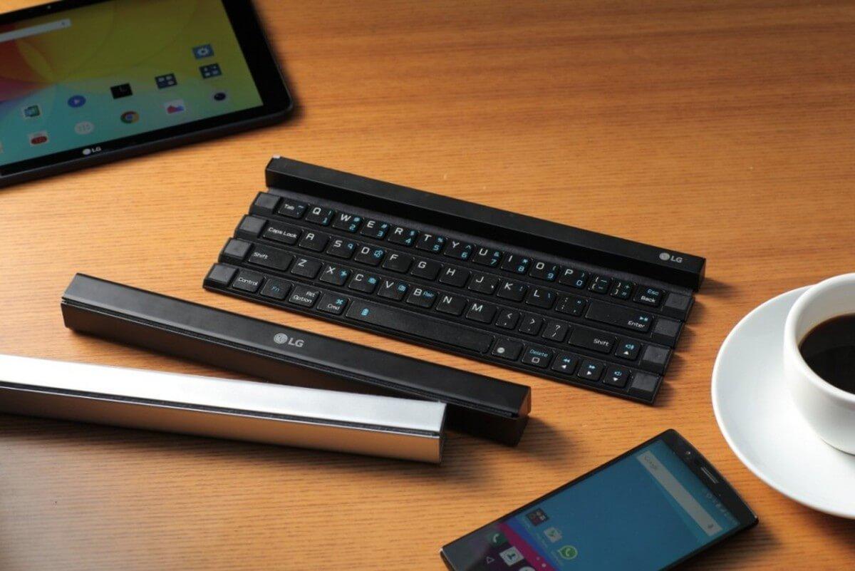 Klávesnice LG Rolly Keyboard je velmi kompaktní