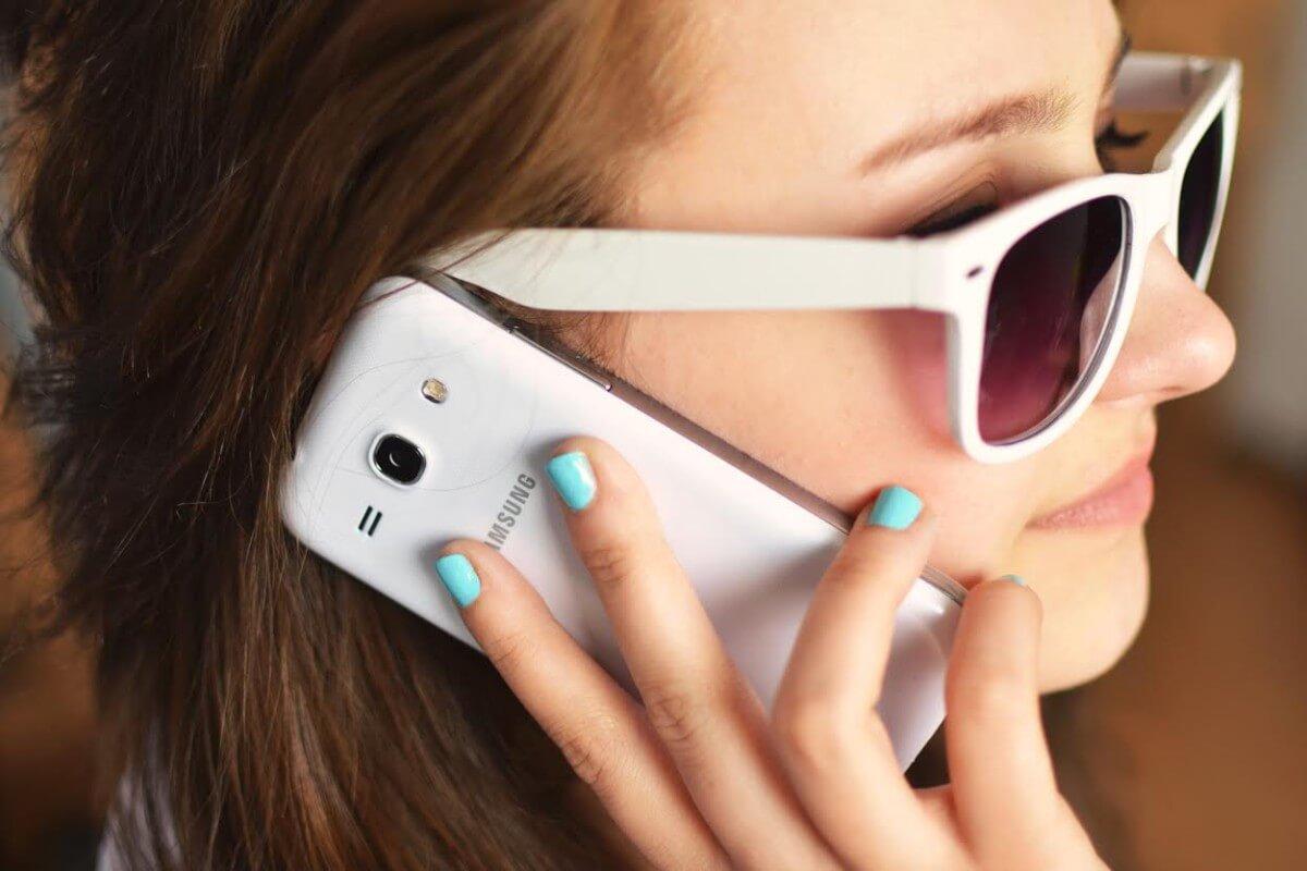 7 tipů jak ušetřit na mobilu