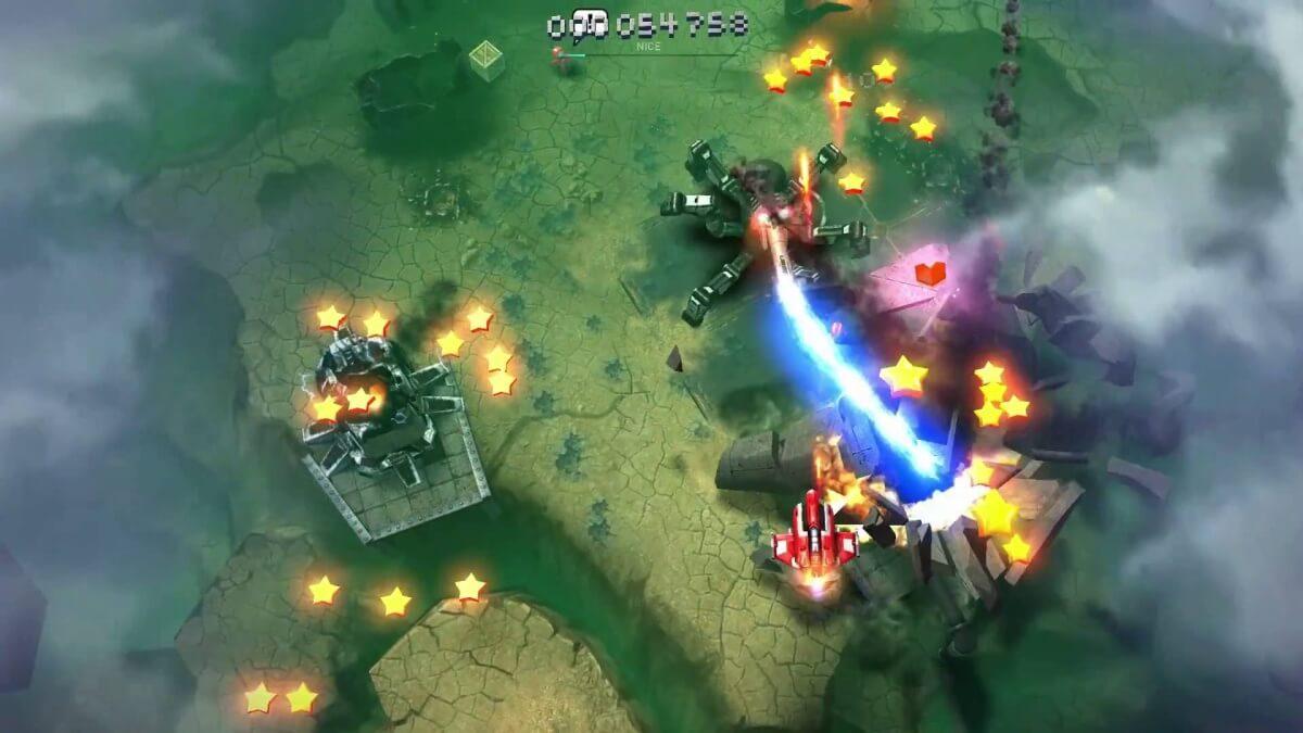 Skyforce Reloaded patří rozhodně mezi nejlepší klasické střílečky na android