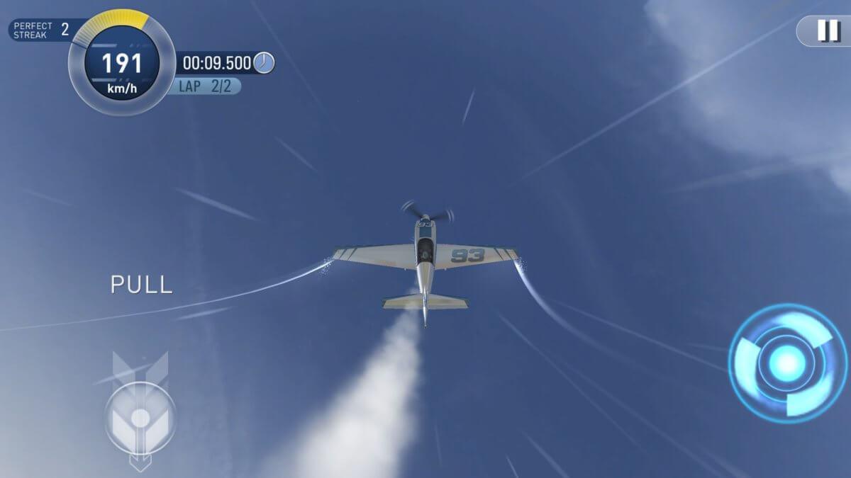 Red Bull Air Race 2 - teď letíme hlavou k zemi