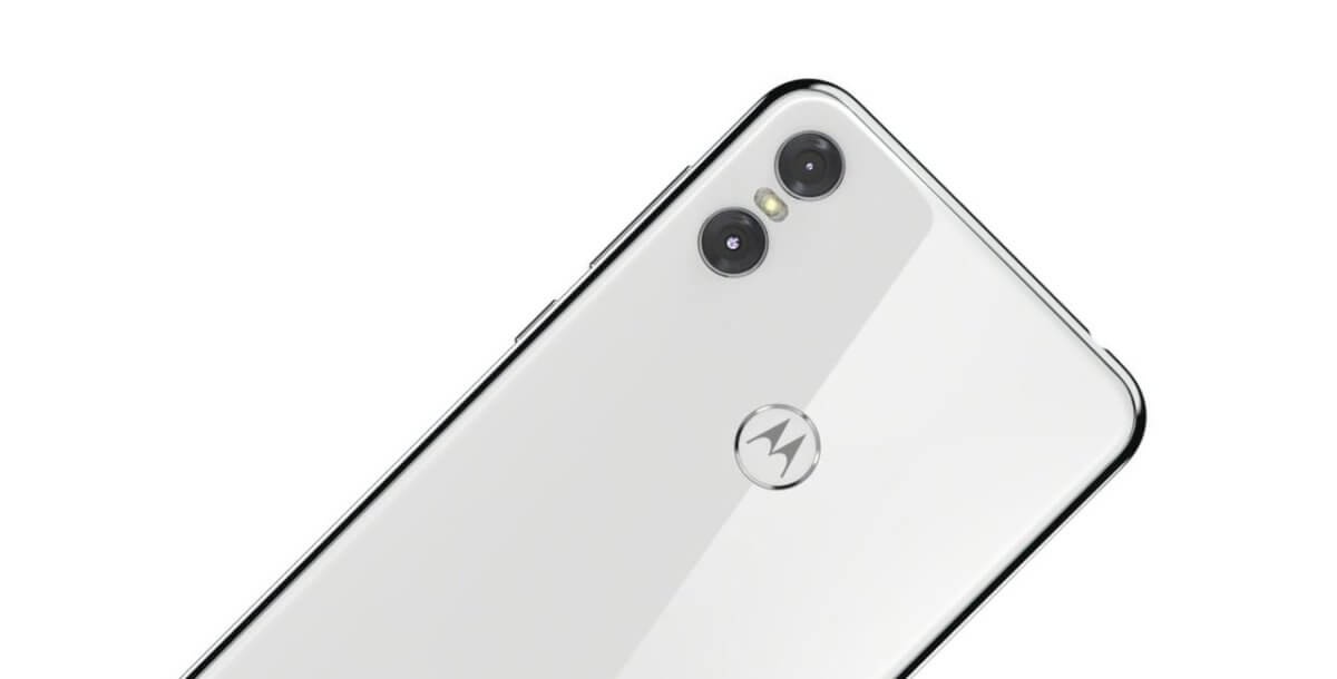 Motorola One detail